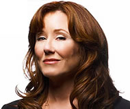 Mary_McDonnell_peq