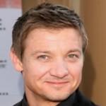 """Contrariando os rumores, Jeremy Renner é o escolhido para estrelar o filme """"O Legado Bourne"""""""