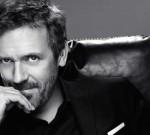 Vídeo: Hugh Laurie mostra bom humor em comercial para L'Oreal
